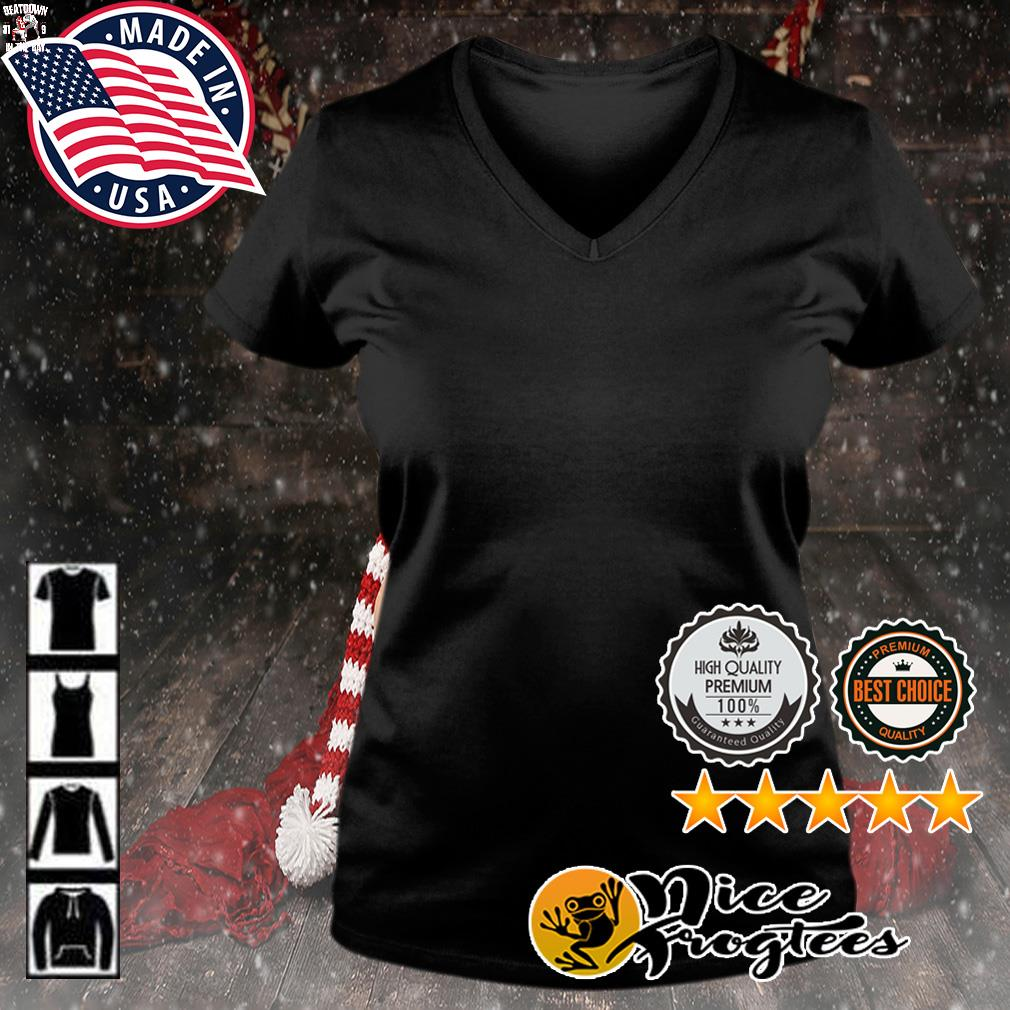Beatdown Tampa Bay Buccaneers 31-9 Kansas City Chief in the Bay s v-neck-t-shirt