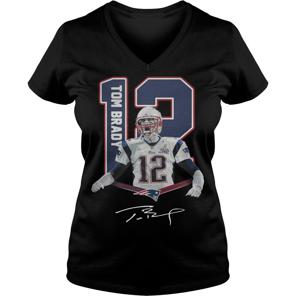 12 Tom Brady New England Patriots signature V-neck t-shirt