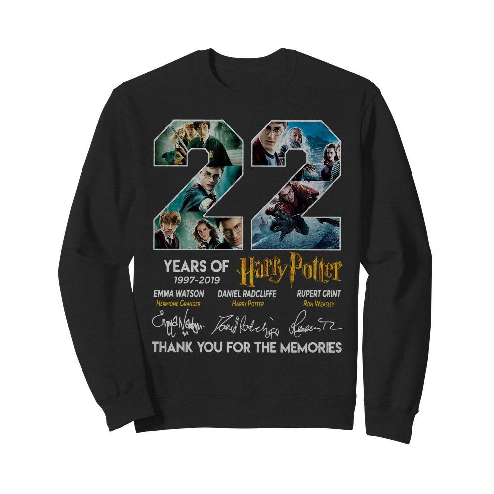 22 Years of Harry Potter 1997-2019 thank you for the memories signatures Sweater
