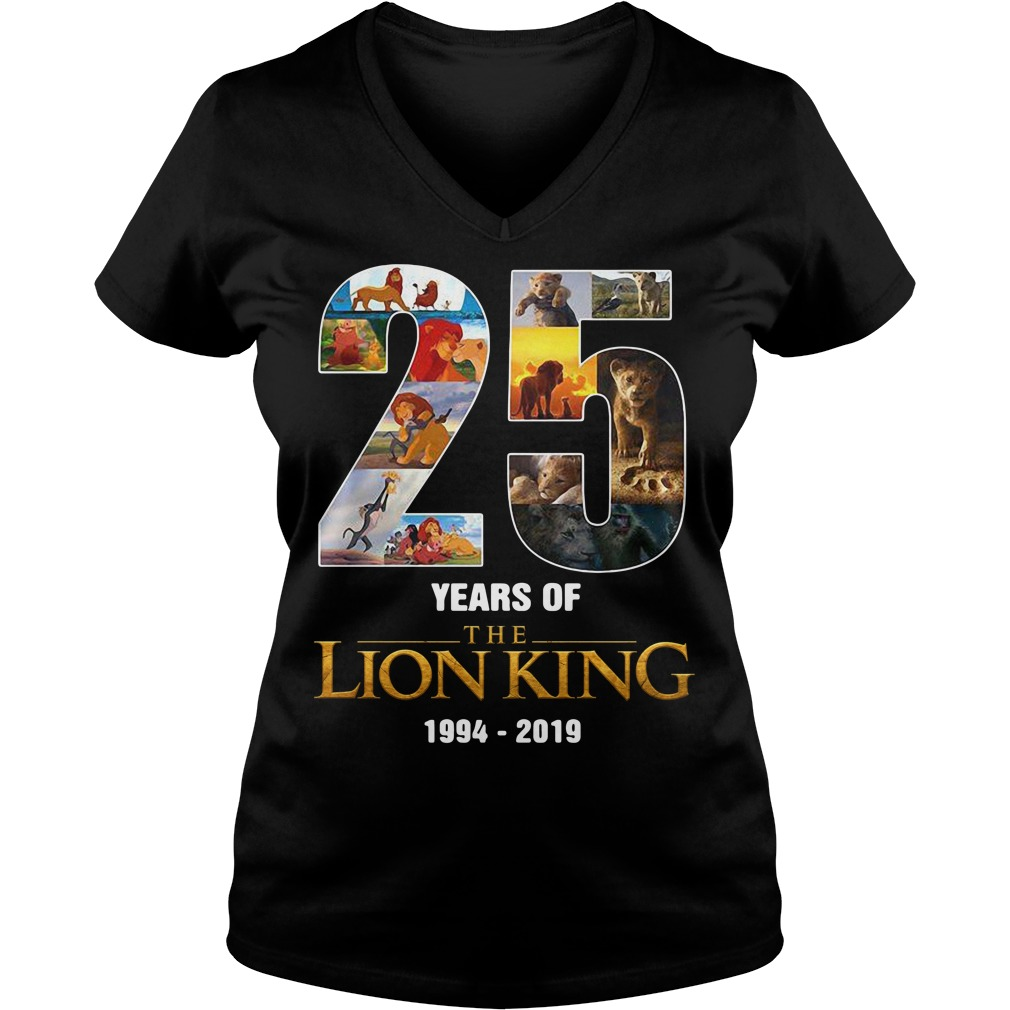 25 Years of The Lion King 1994 - 2019 signature V-neck T-shirt