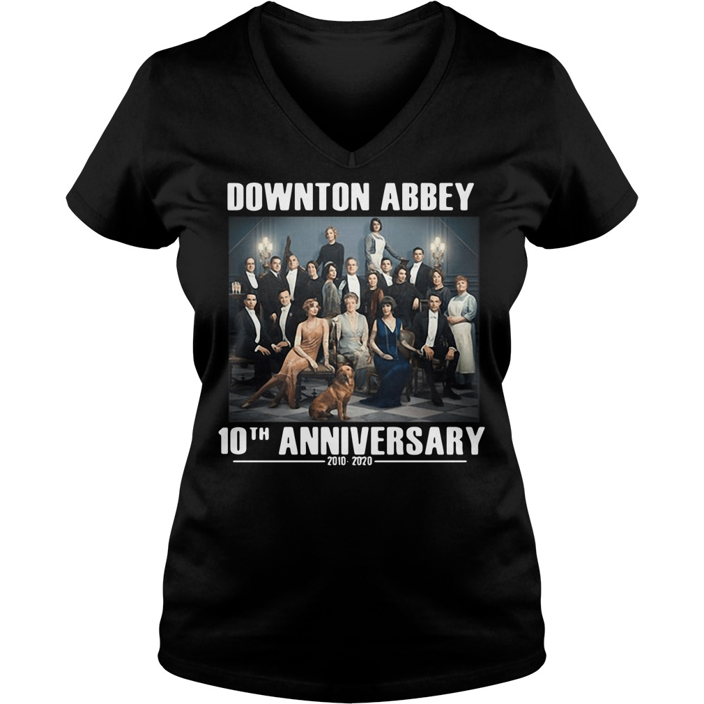 Downton Abbey characters 10th anniversary 2010 2020 V-neck t-shirt