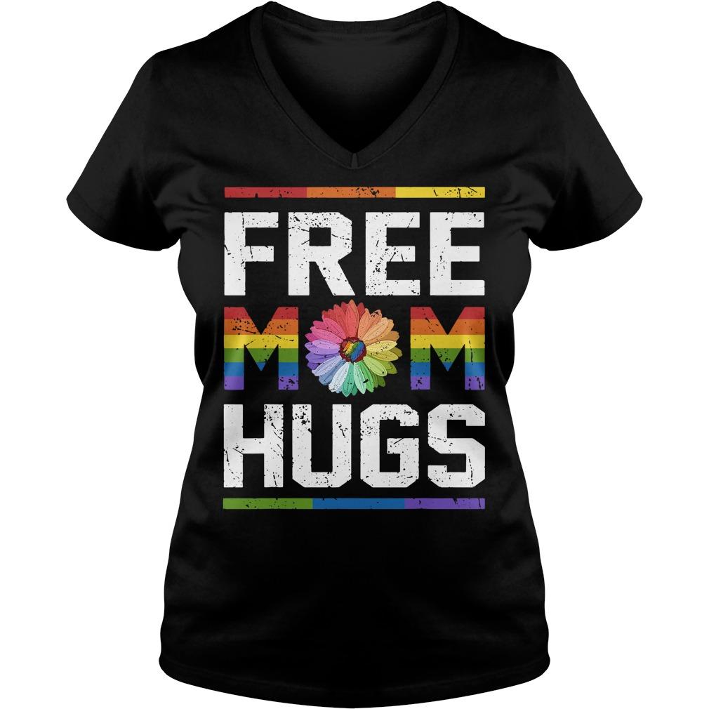 LGBT daisy free mom hugs V-neck t-shirt