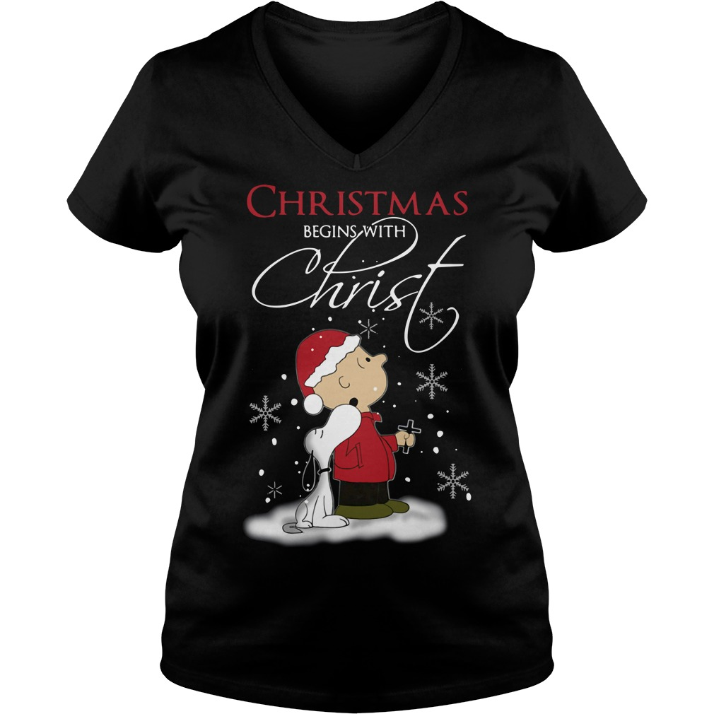 Snoopy and Charlie Christmas begins with Christ V-neck T-shirt