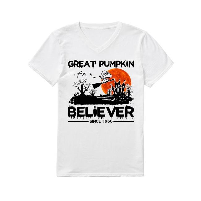 Snoopy great pumpkin believer since 1966 Halloween V-neck T-shirt