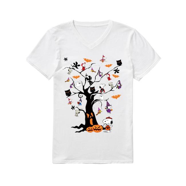 Snoopy Halloween tree V-neck T-shirt